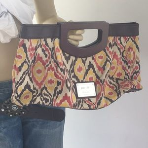Super cute Nicole Miller handbag
